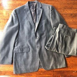 Ralph Lauren Suit - 40R jacket 34x32 pants
